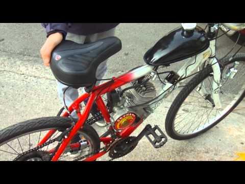 Νίκος Μπαλαχούτης: Μετατρέπει ποδήλατα σε... μηχανάκια
