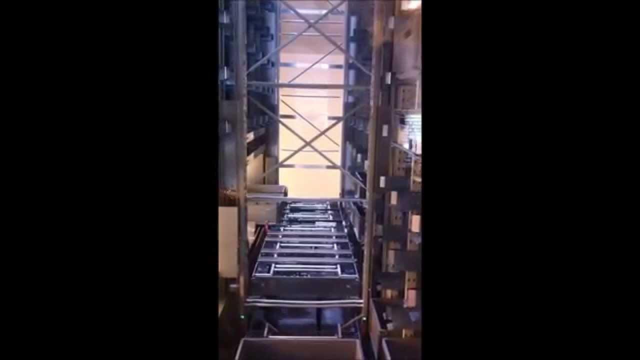 storage and retrieval machine