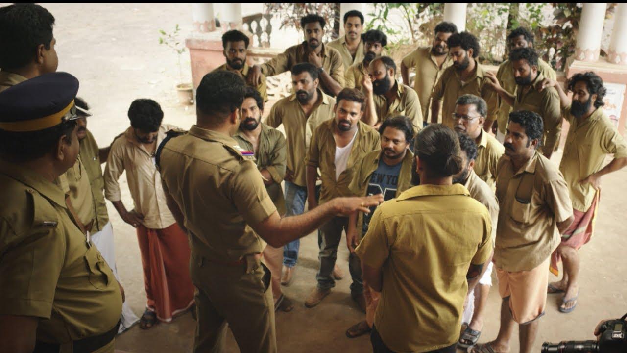 Autorsha | Auto rickshaw drivers comedy fight scene | Mazhavil Manorama