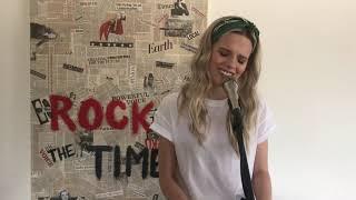 Смотреть клип Molly Kate Kestner - Lets Celebrate