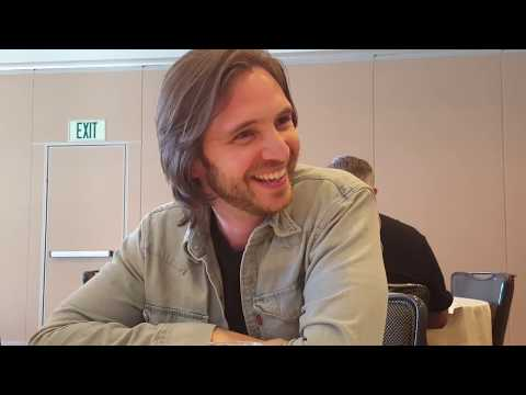 SDCC 2017: 12 Monkeys  Aaron Stanford James Cole