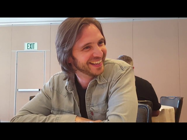 SDCC 2017: 12 Monkeys - Aaron Stanford (James Cole)