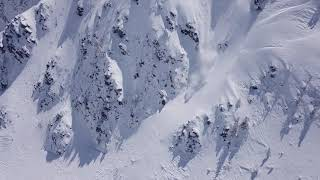 Avalanche Almost Buries Snowboarder Alive ViralHog download lagu mp3 com