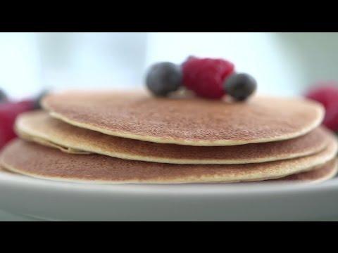 cookies-'n-cream-protein-pancakes