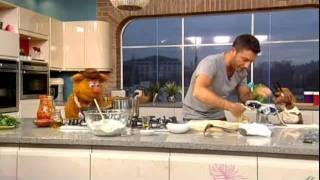 Muppets cook with Gino D'acampo on This Morning - 8th February 2012