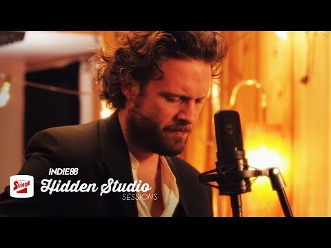"Father John Misty - ""The Memo"""