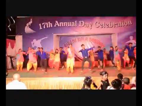 tera rang balle balle || boys vs girls (dance battle) on 17th annual day celebration of T.K.S