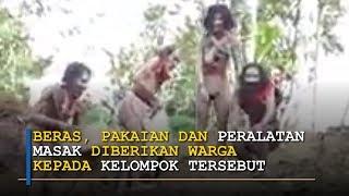 Kelompok dari <b>Suku</b> yang Tinggal di Hutan Berteriak-teriak dan ...