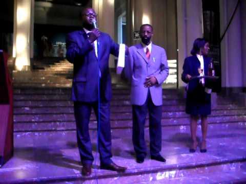 Expo CONGO sur livres - Denys M. LUKUSA - video 004