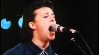 Tears For Fears - SHOUT - LIVE 1985