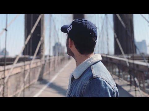 NEW YORK CITY 2018: WALKING TOUR THROUGH MANHATTAN'S COLUMBUS CIRCLE AND BROADWAY! [2K60]