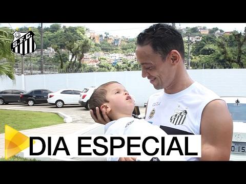 Juan conhece o CT Rei Pelé | #MUITOALÉMDOFUTEBOL