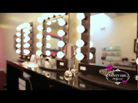 How To Find The Perfect Lighted Makeup Mirror