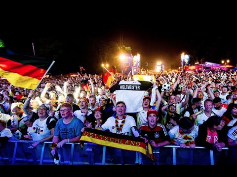 Germany - Brazil (7:1): 600.000 people watching in Berlin