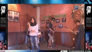 HARD FUN TOGETHER - pelangi di matamu (cover jambrud) live in cafe beerhouse . Www.parkirmusik.com