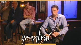 Eamonn Galldubh,píobaí uilleann Donald Blue Boys of Portaferry Geantraí YouTube Thumbnail
