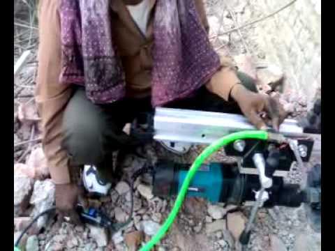 Видео обзор: Дрель алмазного бурения MAKITA DBM 230 SET