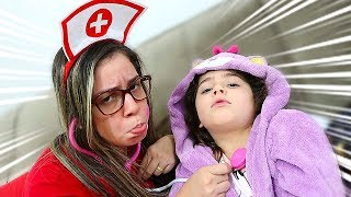 HELOÍSA DODÓI E A MAMÃE FINGE SER MÉDICA