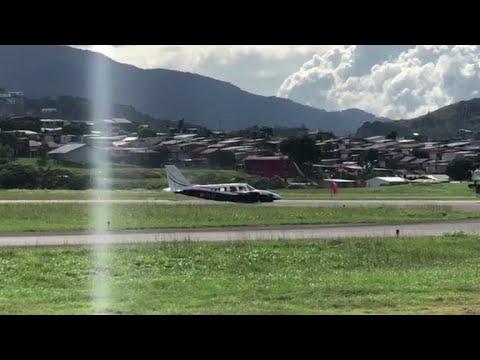 مشاهد مرعبة لهبوط طائرة في كوستاريكا تحمل سياحاً أمريكيين  - نشر قبل 25 دقيقة