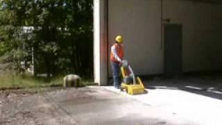 Frezarka do betonu  - 20041 250mm prowadzona.avi