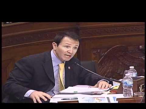 Rep Jeff Landry at BOEMRE Hearing 033011 1