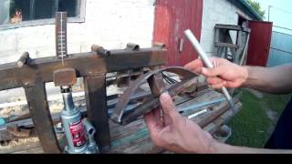 Простой трубогиб своими руками(Очень простой инструмент для гибки профильных труб, который можно изготовить в домашних условиях. Еще одни..., 2016-07-29T21:16:50.000Z)