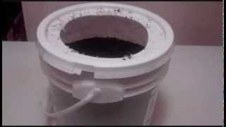World's Easiest  And Cheapest Way To Raise Composting Worms! You Will Love This!
