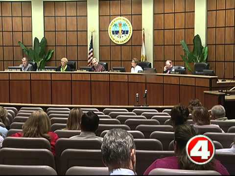 Lee Co School Board tables plan to end contracts with 2 charter schools