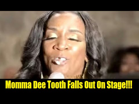 Momma Dee Tooth Falls Out Her Head Live On Stage Youtube