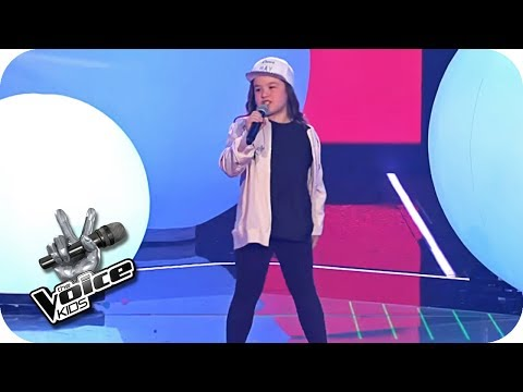 Joan Jett - I love Rock N Roll (Pia) | Finale | The Voice Kids 2017 (Germany) | SAT.1