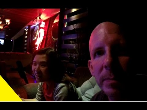 1st Date night in Thailand with Fon VLOG 042