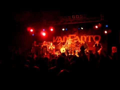 Van Canto - Rakka-Takka-Solo + Beginn von Rebellion [Live Music Hall Köln, 11.10.2011]