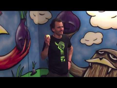 Alex Eats an Onion for Tor