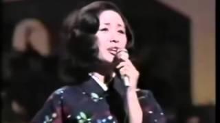 小柳ルミ子 - 漁火恋唄