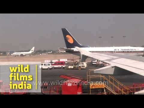 Jet Airways over the runway  of Indira Gandhi International, Delhi