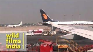 Jet Airways over the runway  of Indira Gandhi International, Delhi