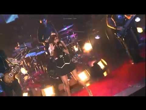 Ashlee Simpson -  Boys (LIVE)