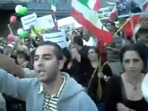 IRAN NEWS NOTICIAS #IRANELECTION 25JUL09 STOCKHOLM IN FRONT OF RUSSIAN EMBASSY