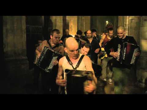 Holy Motors interlude - Accordion scene