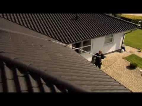 128470040 Καθαριστής στέγης