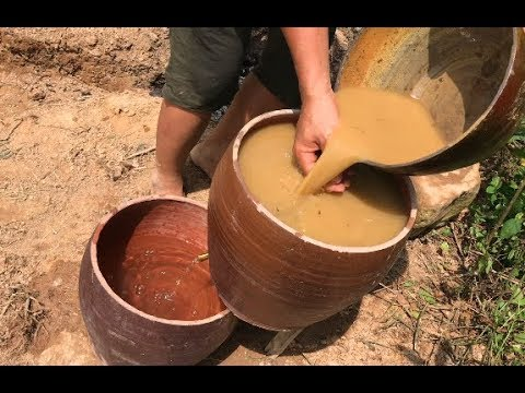 Primitive technology : search for groundwater and filter wate (Clean water)