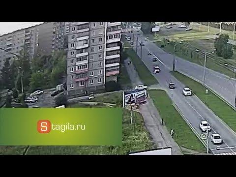 На Уральском проспекте в Нижнем Тагиле мотоцикл BMW  врезался в Nissan