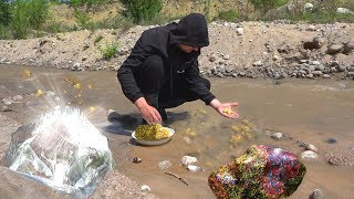 How to find treasure in river! Incredible happiness to find such values gratis!!!