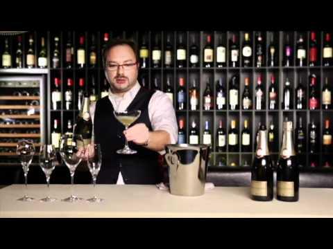 Как называются бокалы для шампанского