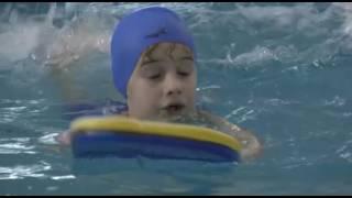 Обучение плаванию в бассейне Парус
