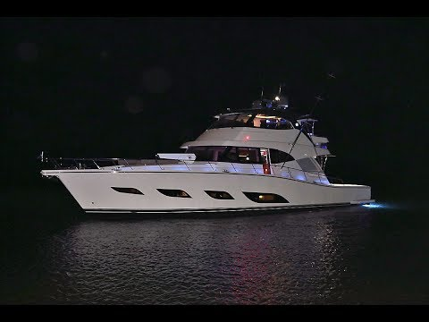 Riviera Sport Motor Yacht 68 - Review 2017