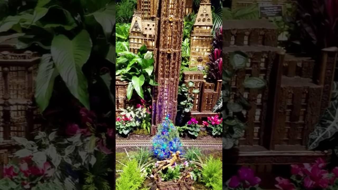 Holiday Train Show Bar Car Nights NYBG YouTube - Botanical gardens train show bar car