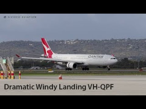 DRAMATIC WINDY LANDING! Qantas Airways (VH-QPH) landing at Perth Airport.