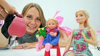 Видео для девочек про Барби. Штеффи пошла в школу!