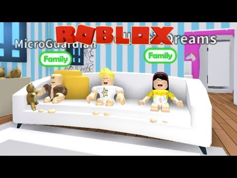 Home Alone! Baby Alan and Friends Roblox RolePlay